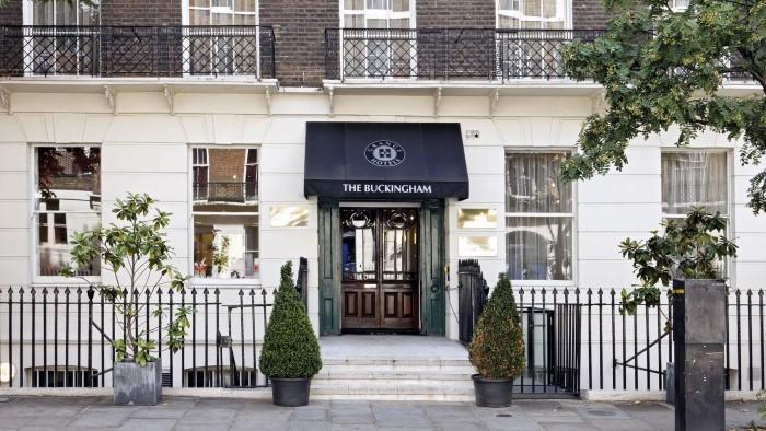 Exterior_The_Buckingham_Hotel