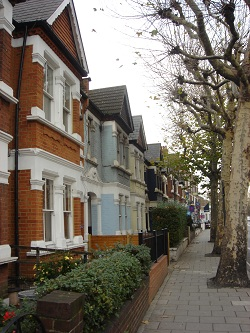 Houses along Wandsworth Bridge Road